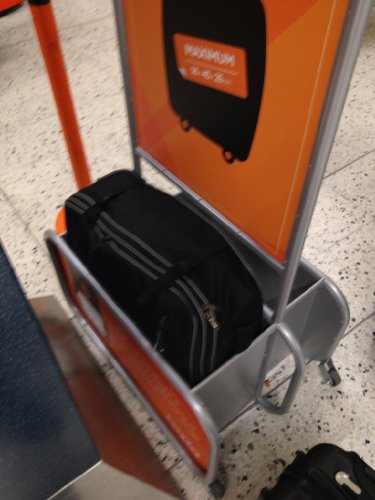 Cabin Max Berlin Easyjet approved hand luggage 55x40x25