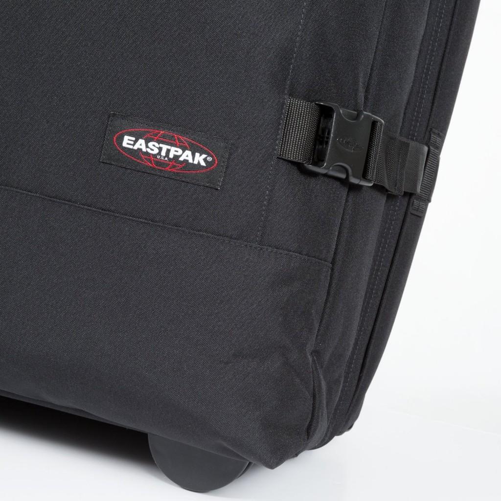 Eastpak-tranverz-closeup